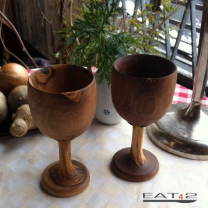 wine glasses made of olivewood
