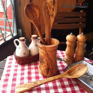 wooden holder with cutlery