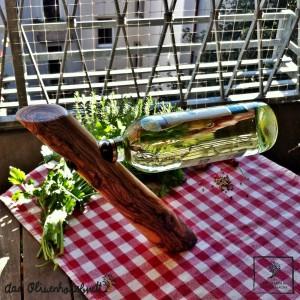 Weinflaschenhalter aus Olivenholz