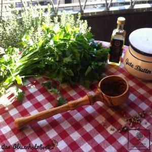 Seiher aus Olivenholz