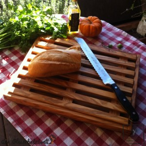 Cutting Board for bread