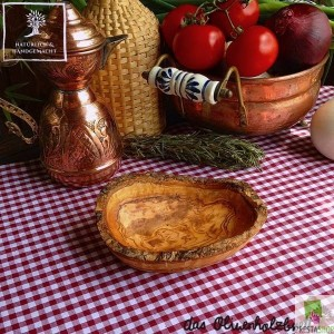Small olive wood bowl rectangular