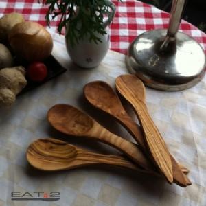 Esslöffelset aus Olivenholz  vierteilig
