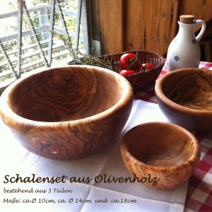 Set of olivewood bowls (3items)